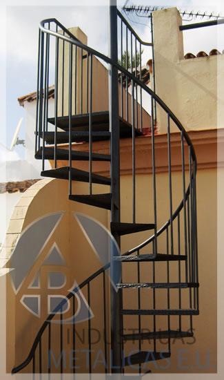 Indumeteu fabricaci n de escaleras rectas y en caracol - Medidas escaleras de caracol ...
